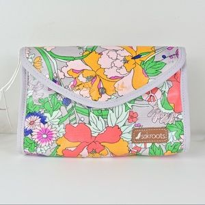 *NWT* Sakroots Flap Cosmetic Case in Lilac Flower